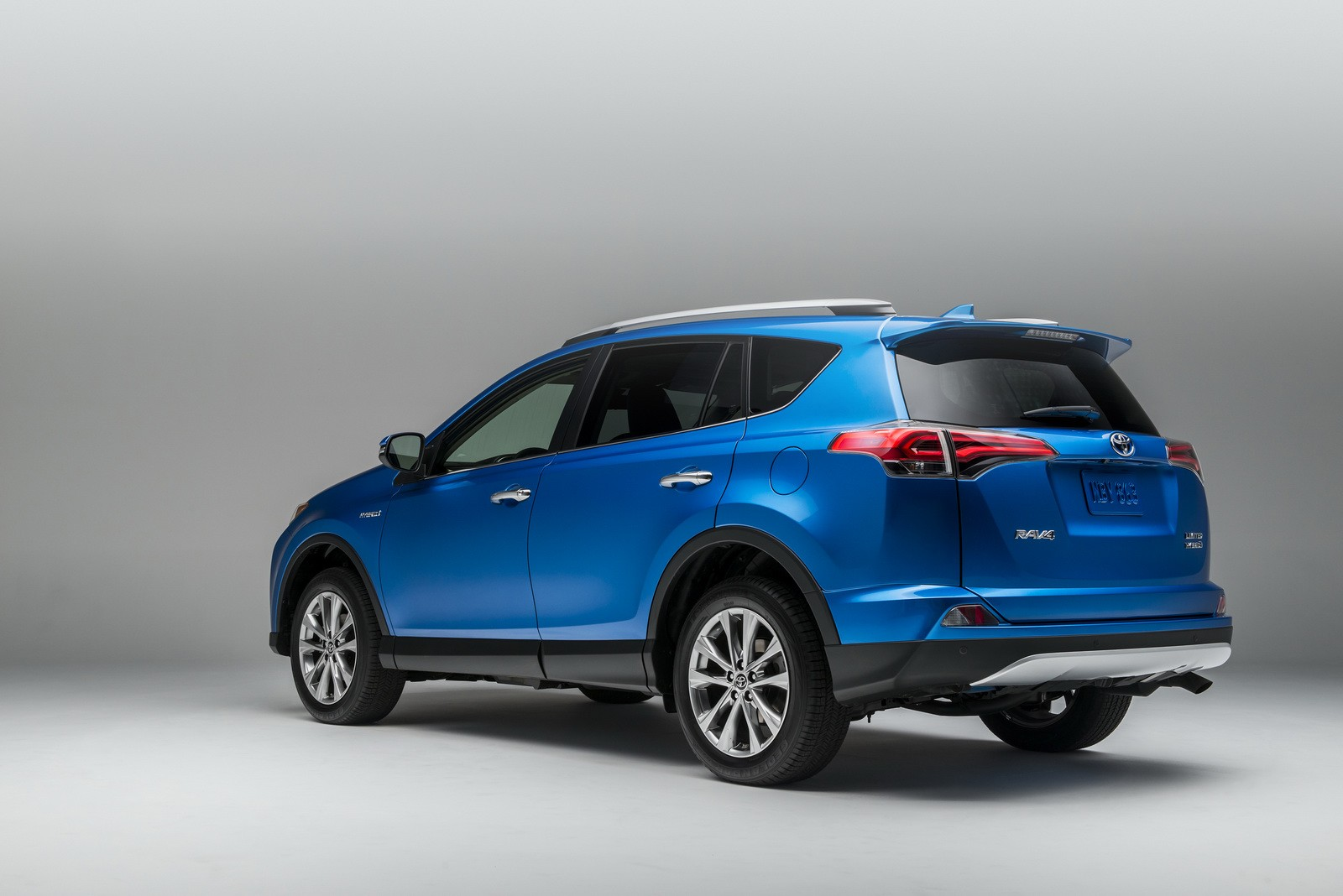 2016 Toyota RAV4 Hybrid Pricing Announced, Full Specs