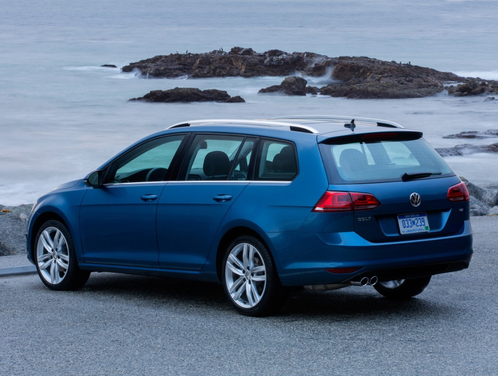 2016 Volkswagen Golf Earns 5-Star Safety Rating from the NHTSA - autoevolution