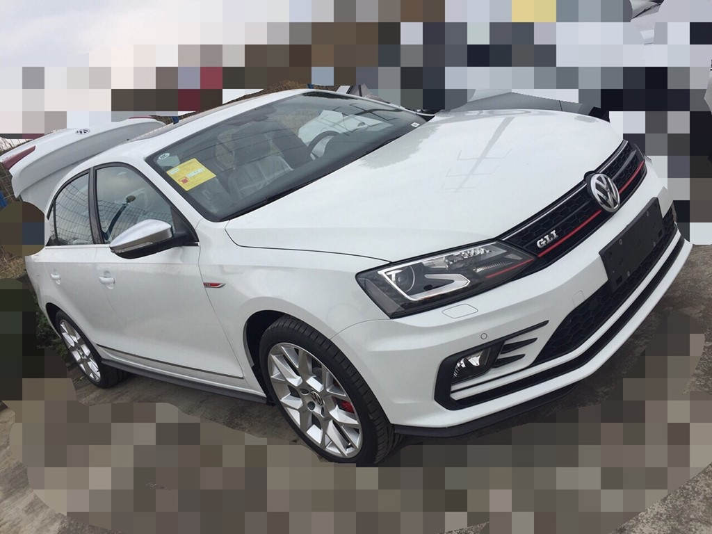 2016 volkswagen jetta gli spied undisguised before debut. Black Bedroom Furniture Sets. Home Design Ideas