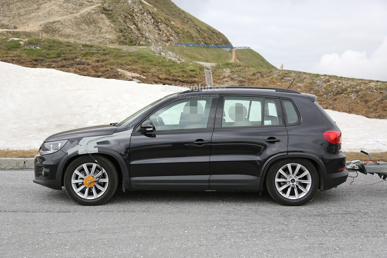 2016 Volkswagen Tiguan Spy Photos First Glimpses Of The