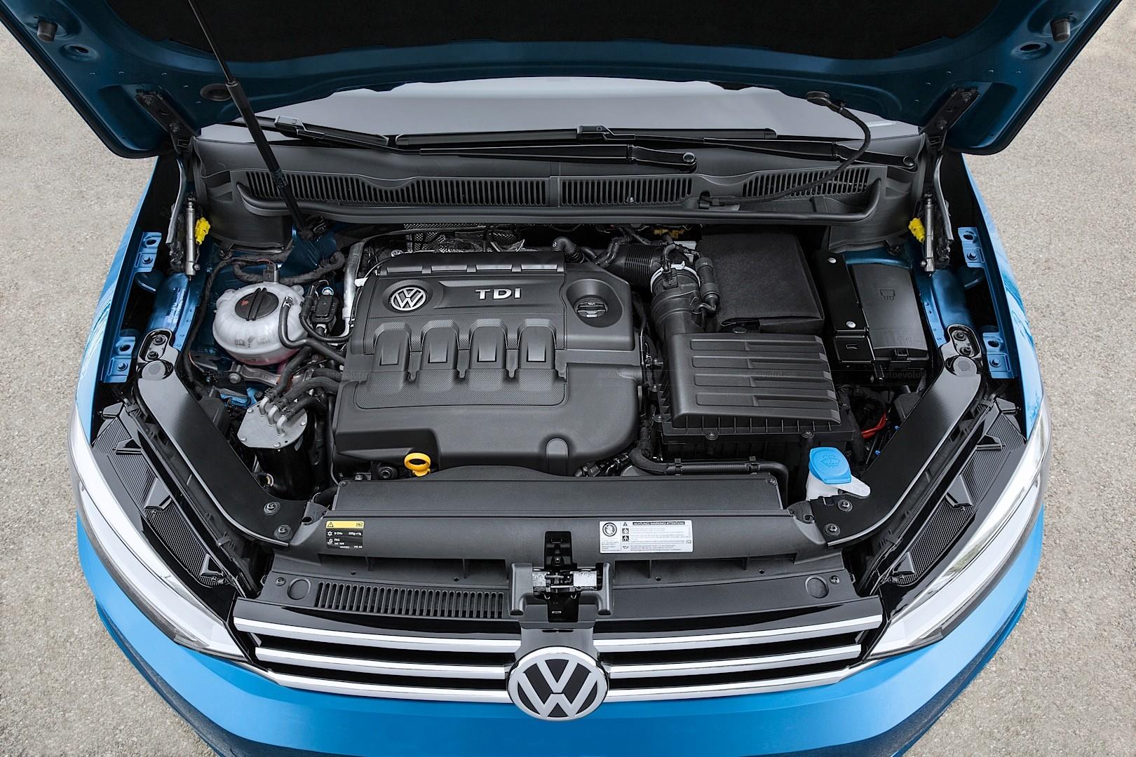 2016 Volkswagen Touran Gets 1 8 Tsi 180 Hp And 2 0 Tdi 190