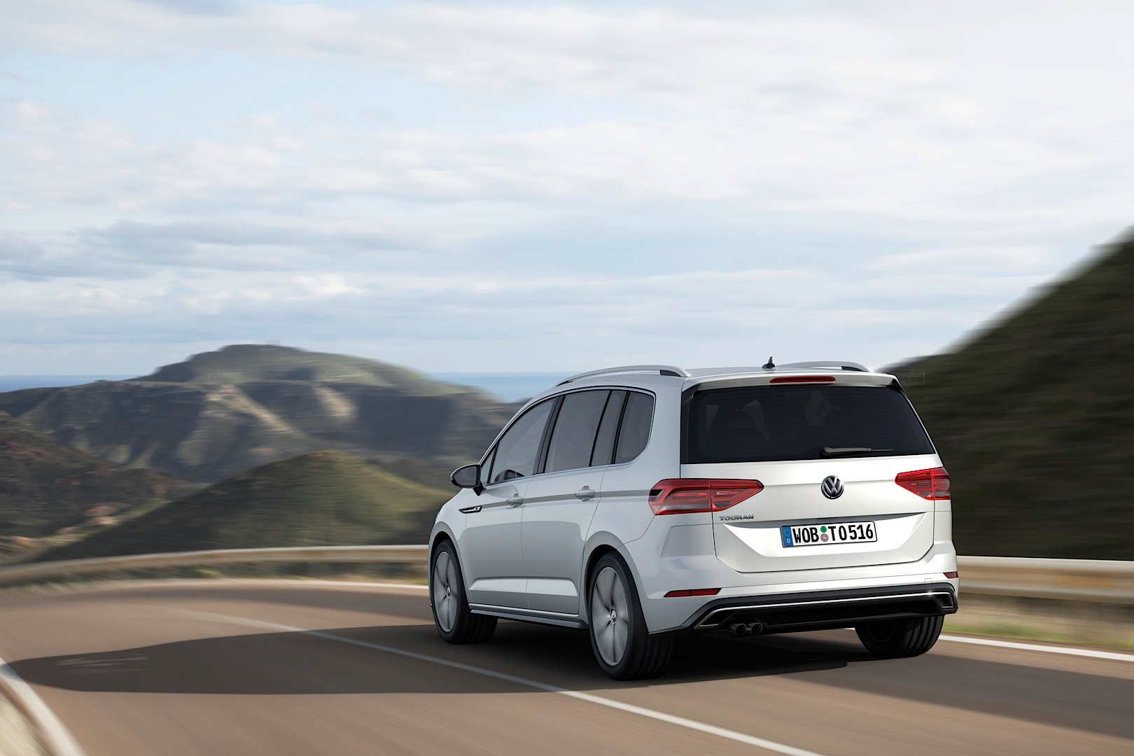 2016 Volkswagen Touran Gets 1.8 TSI 180 HP and 2.0 TDI 190 HP Engines - autoevolution