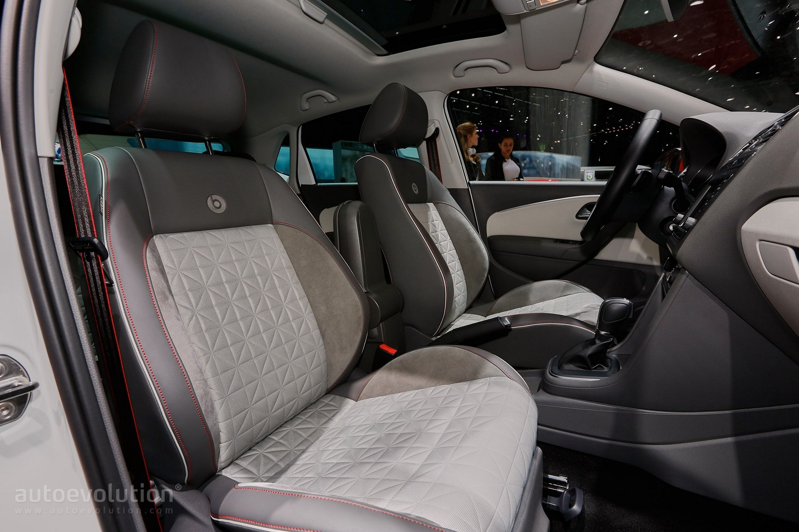2016 Volkswagen Up! Beats and Polo Beats Debut in Geneva - autoevolution