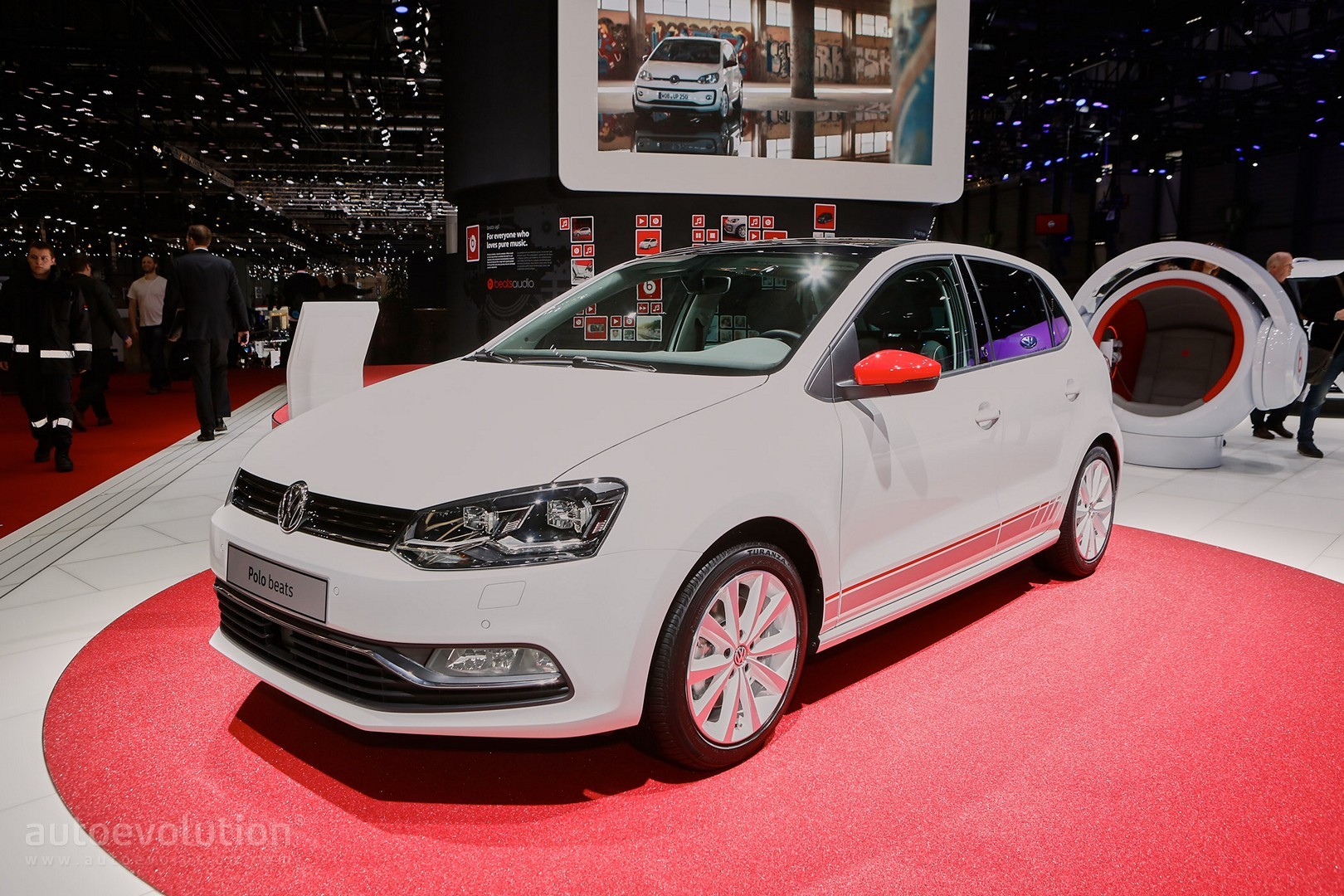 2016 volkswagen up beats and polo beats debut in geneva. Black Bedroom Furniture Sets. Home Design Ideas