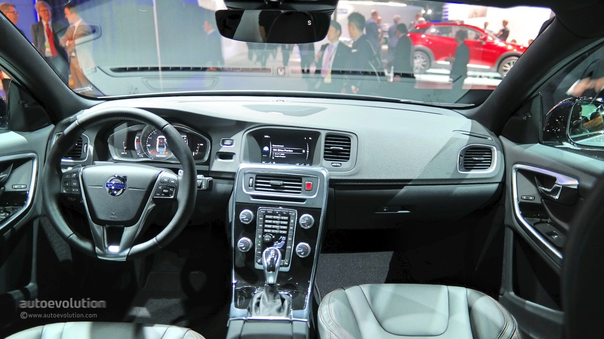 2016 Volvo S60 Cross Country Bows at Detroit Wearing Matte ...