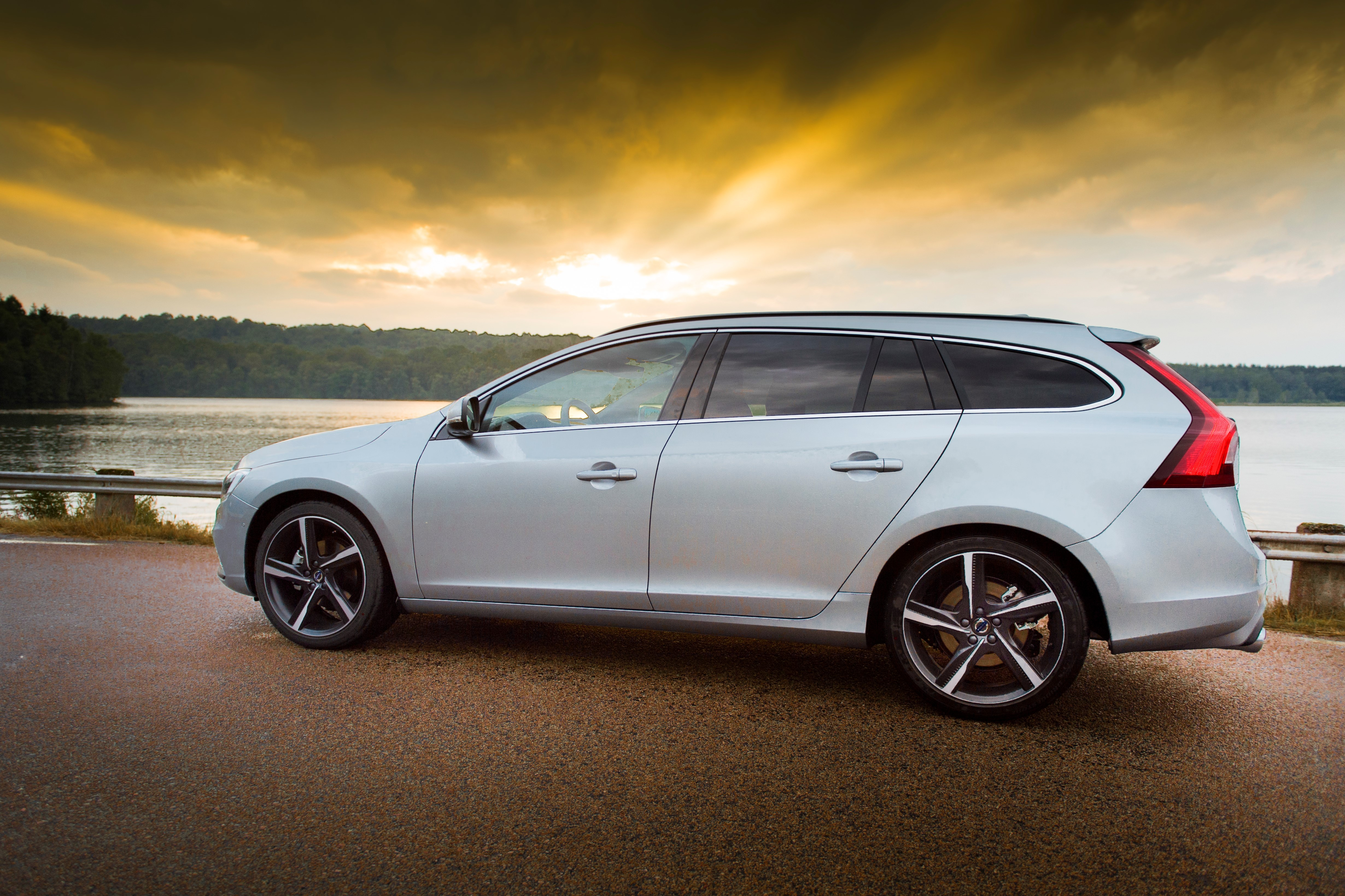country volvo new slideshow used cross reveals autotrader cars ca