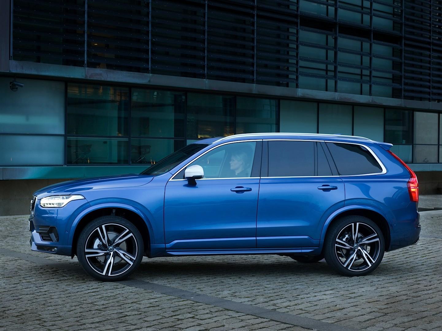 New Volvo Xc90 >> 2016 Volvo XC90 R-Design Shows More Aggressive Design and ...