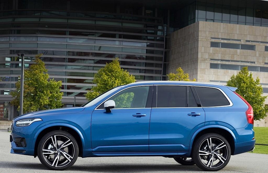 Volvo Xc90 R Design >> 2016 Volvo XC90 R-Design Shows More Aggressive Design and 22-inch Wheels - autoevolution