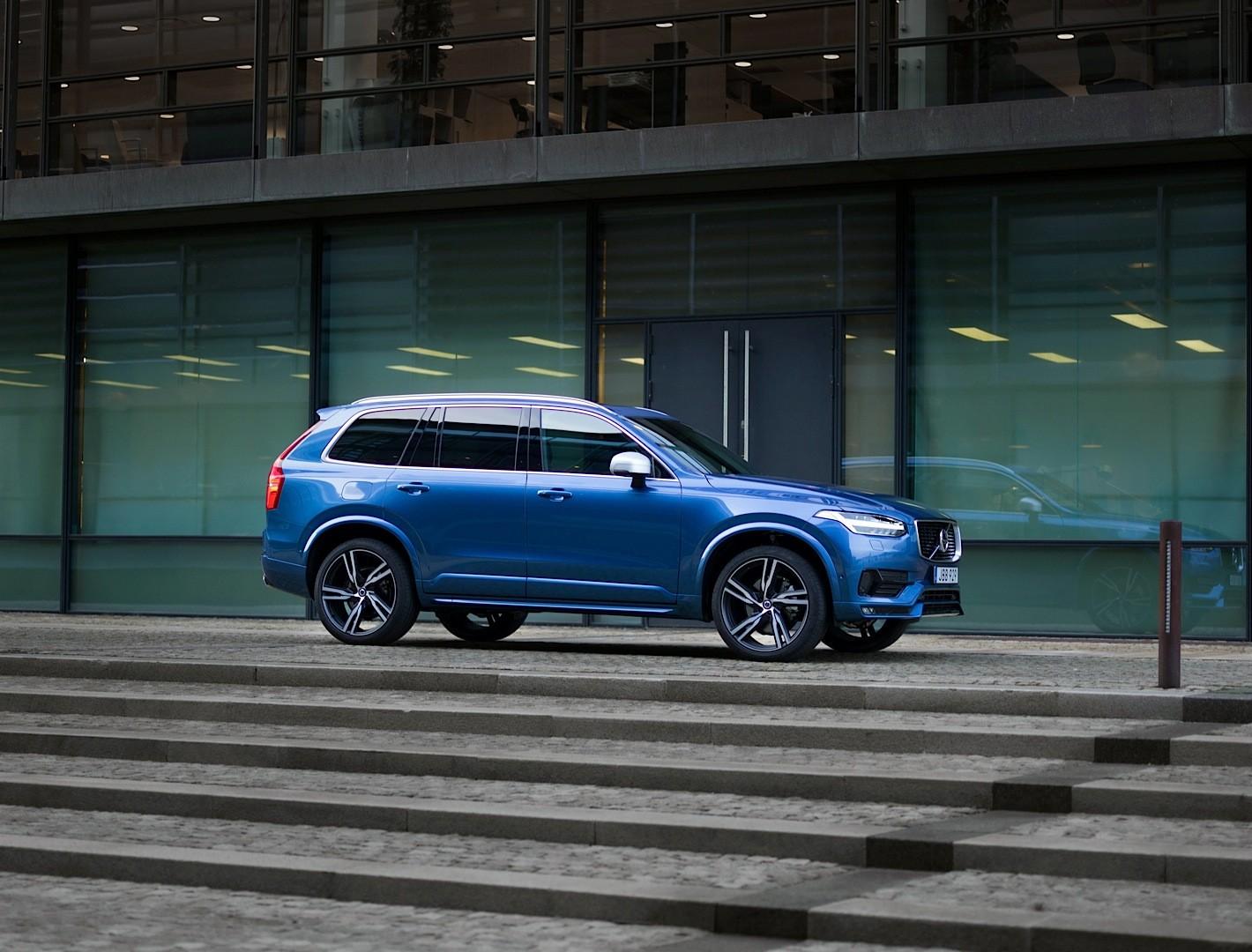 2016 Volvo XC90 R-Design Shows More Aggressive Design and 22-inch Wheels - autoevolution