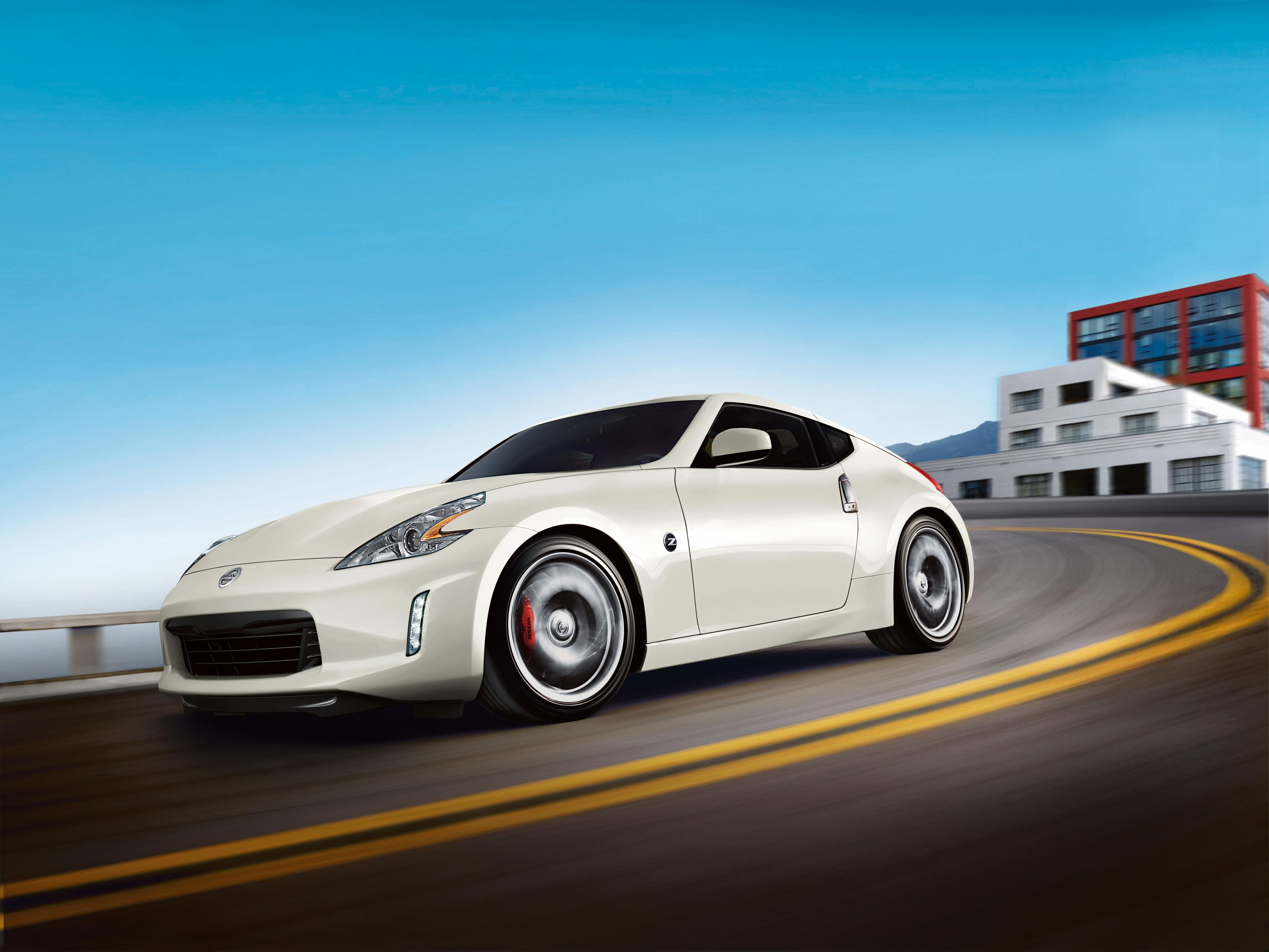 2017 nissan 370z priced from 30 825 most expensive model costs 50 235 autoevolution. Black Bedroom Furniture Sets. Home Design Ideas