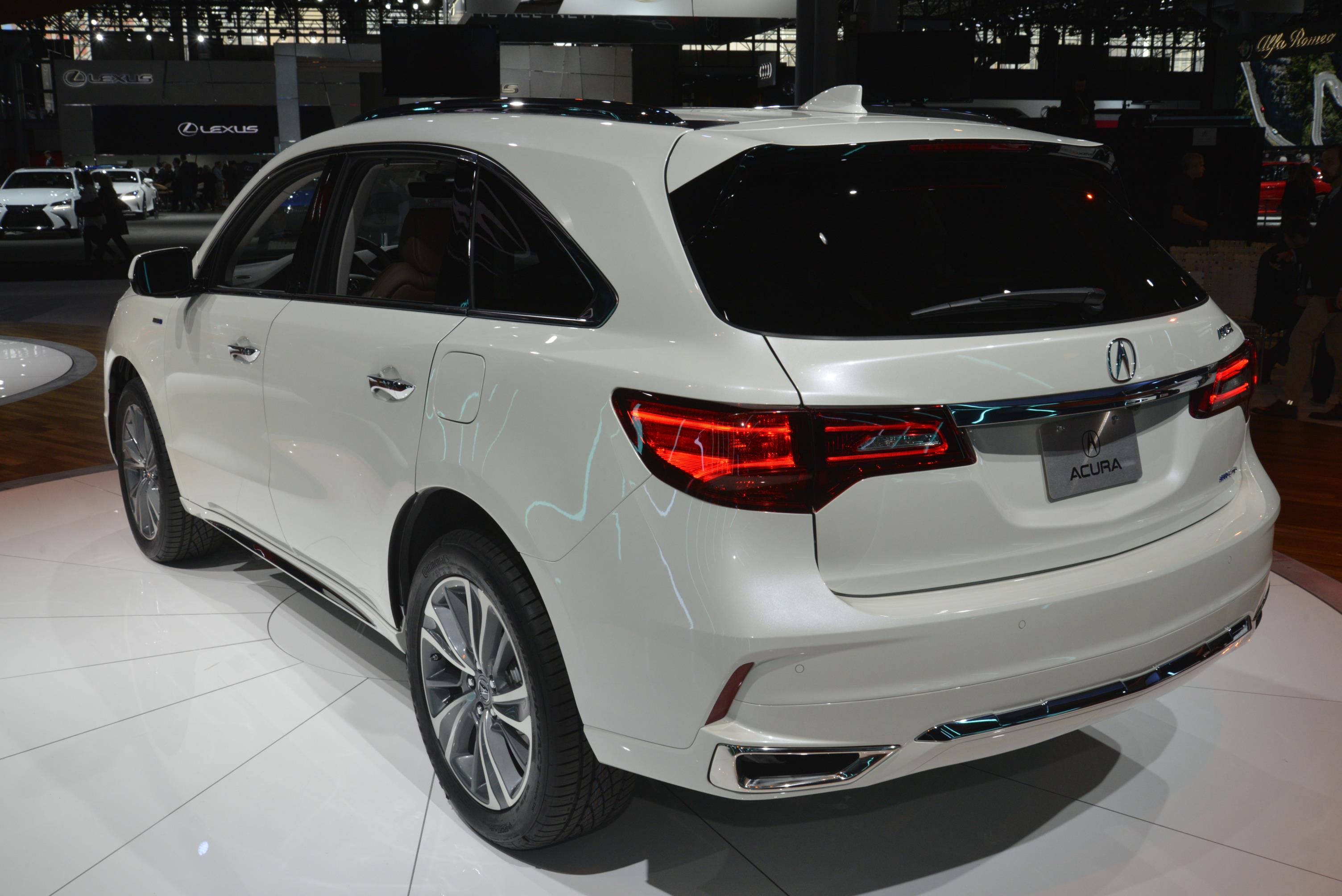 2017 acura mdx breaks the norm with 3 motor sport hybrid. Black Bedroom Furniture Sets. Home Design Ideas