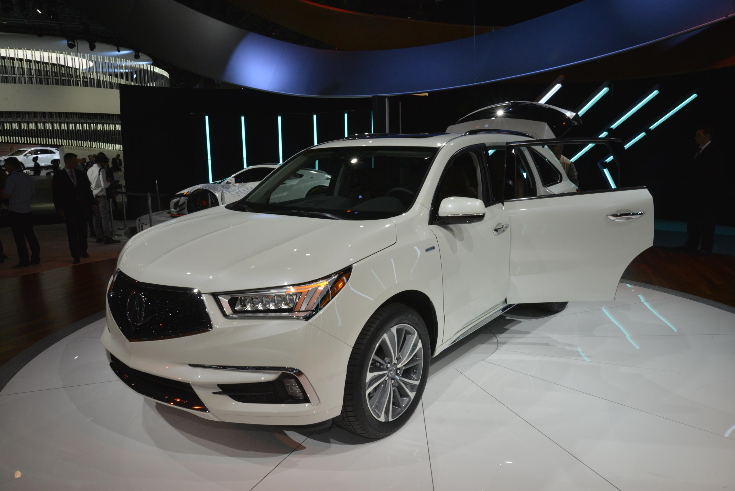 2017 acura mdx breaks the norm with 3 motor sport hybrid model autoevolution. Black Bedroom Furniture Sets. Home Design Ideas