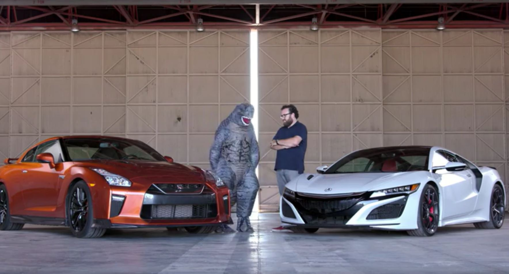 2017 Acura NSX Takes on the Nissan GT-R in Epic Japanese ...