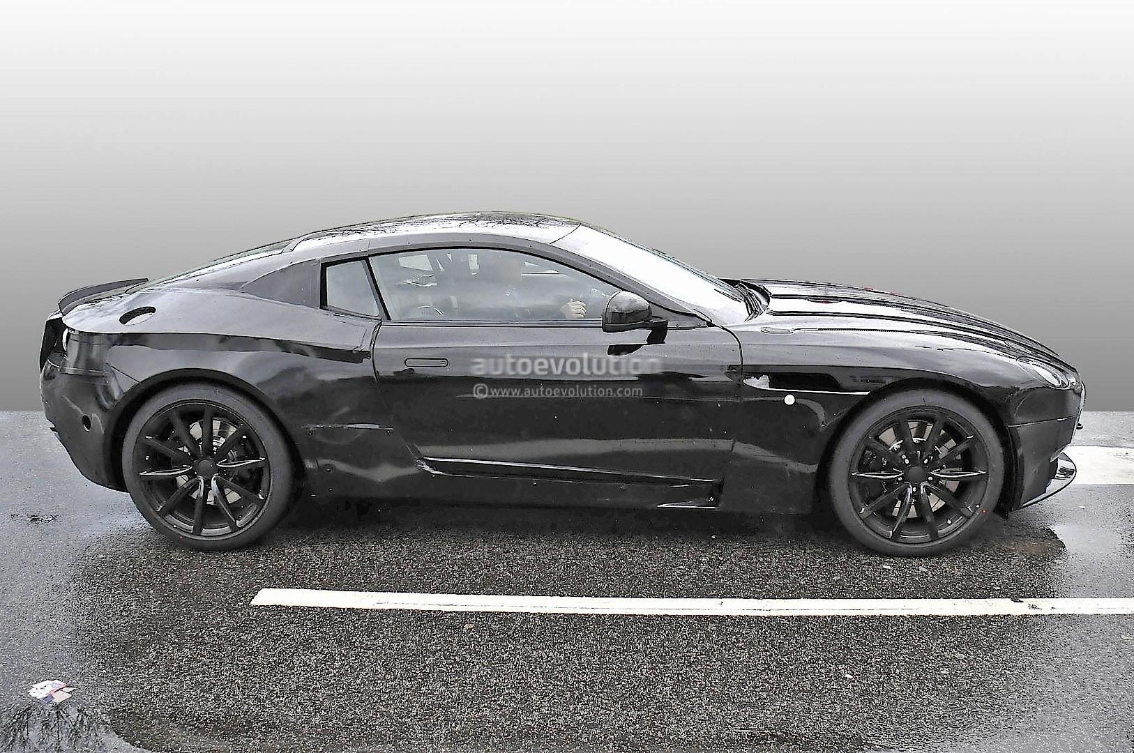 2016 - [Aston Martin] DB11 2017-aston-martin-db9-successor-prototype-spyshots-show-db10-like-silhouette-digital-dashboard-intercoolers_13