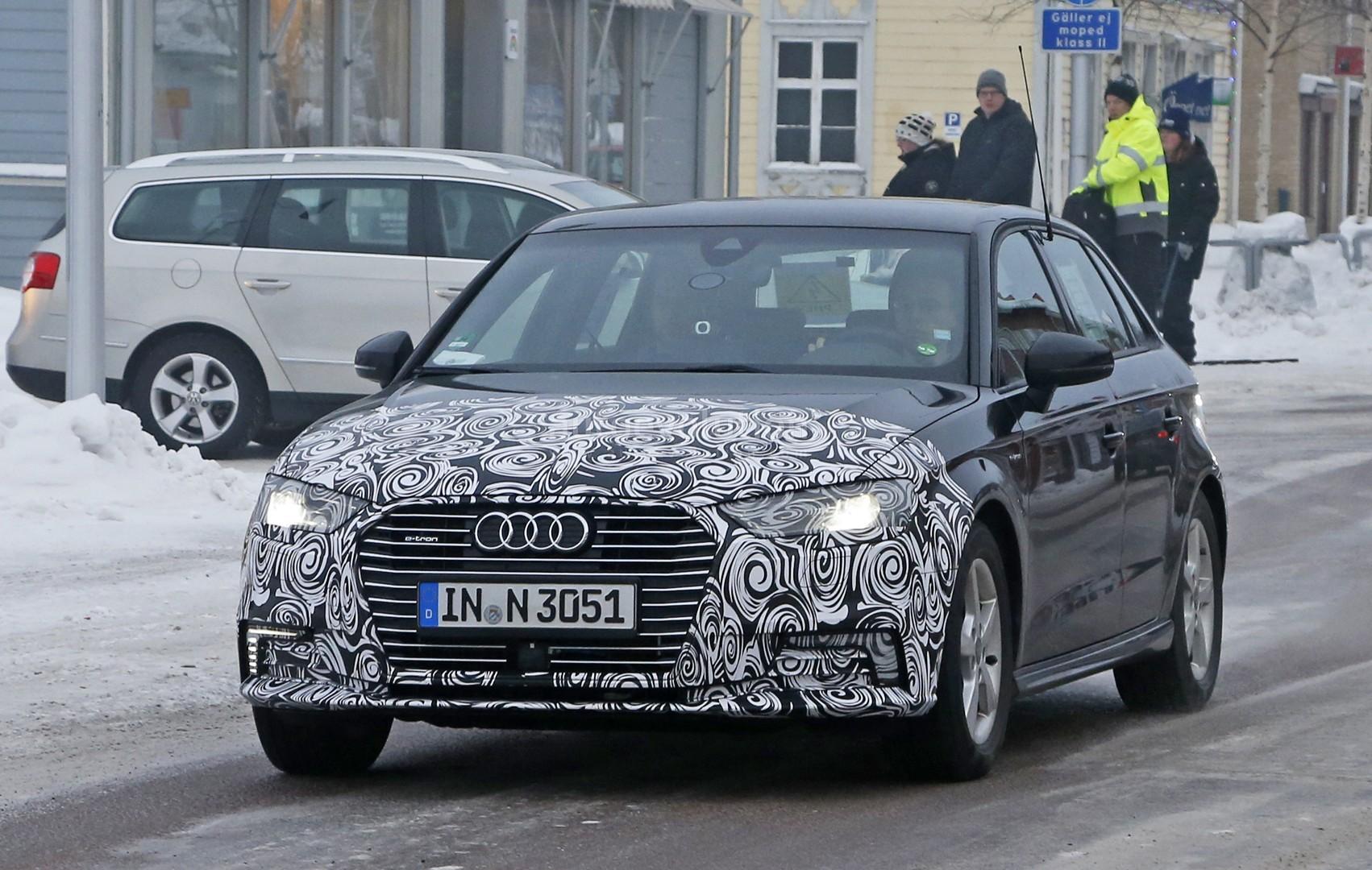2017 Audi A3 E Tron Facelift