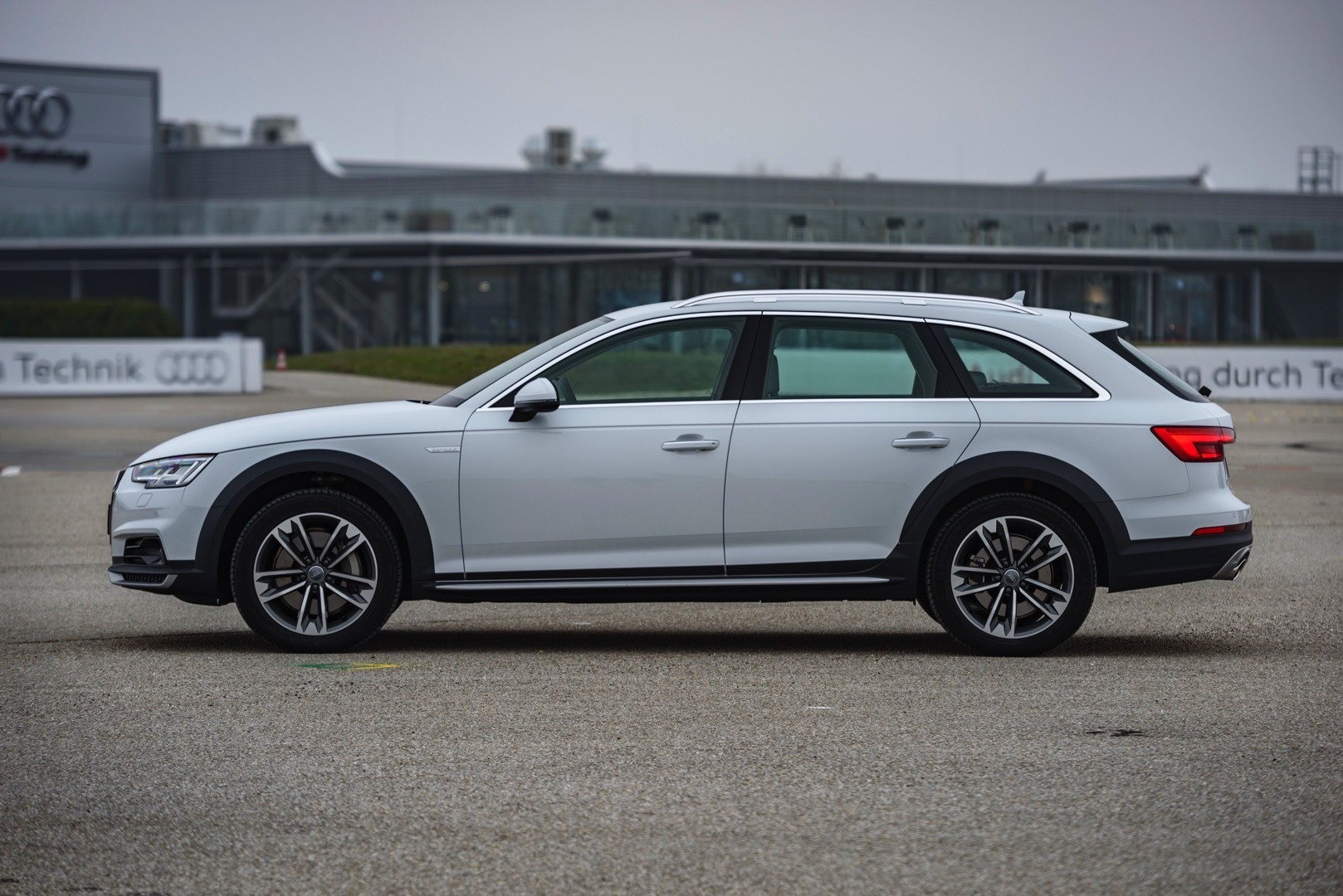 Audi A Allroad Quattro Priced In The Us From on Volkswagen 1 4 Tsi Engine Further Vw Golf