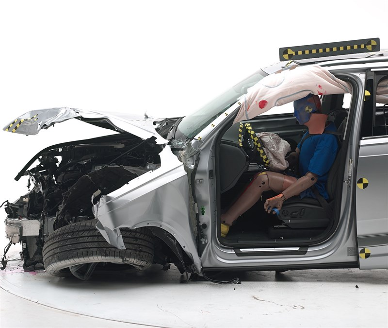 2017 Audi Q7 Aces Crash Test, Earns Top Safety Pick+ Award