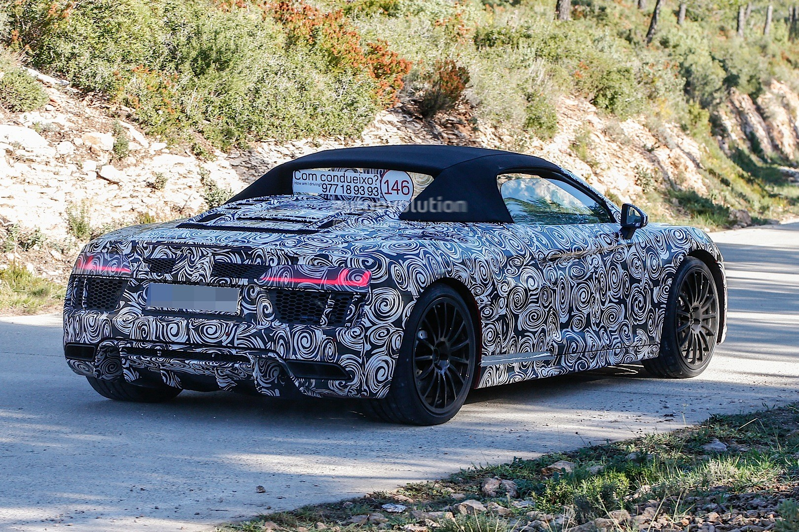 2017 Audi R8 Spyder Spied in Full Camo, Funny Sticker Asks About Driver's Skill - autoevolution
