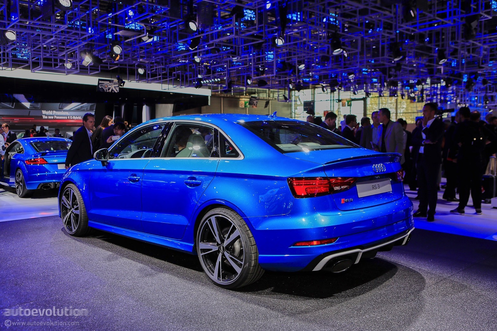 2017 Audi RS3 Sedan Drops By the 2016 Paris Motor Show - autoevolution