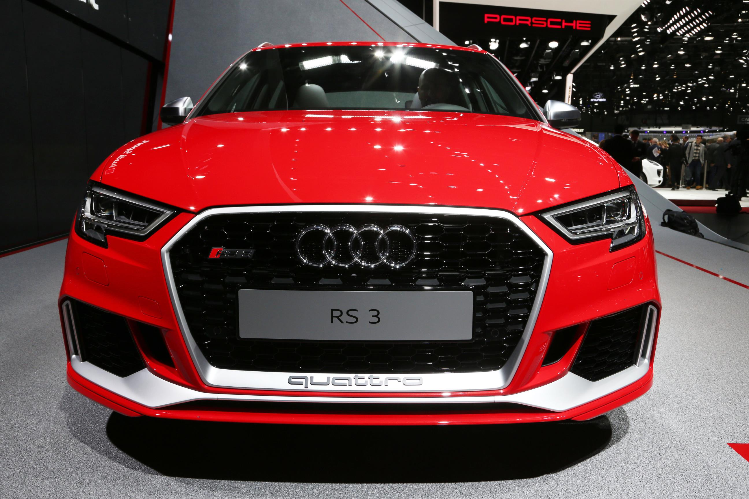 2017 audi rs3 the hyper hatch everybody ignores in geneva autoevolution. Black Bedroom Furniture Sets. Home Design Ideas