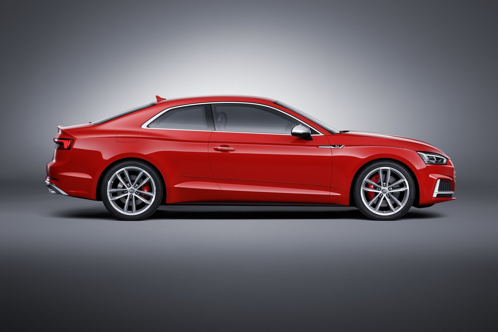 2017 audi s5 coupe debuts with 354 hp turbocharged v6 autoevolution. Black Bedroom Furniture Sets. Home Design Ideas