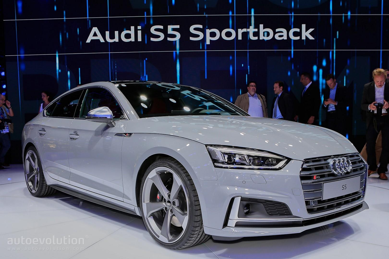 2017 audi s5 sportback looks like a shark thanks to nardo gray paint autoevolution. Black Bedroom Furniture Sets. Home Design Ideas