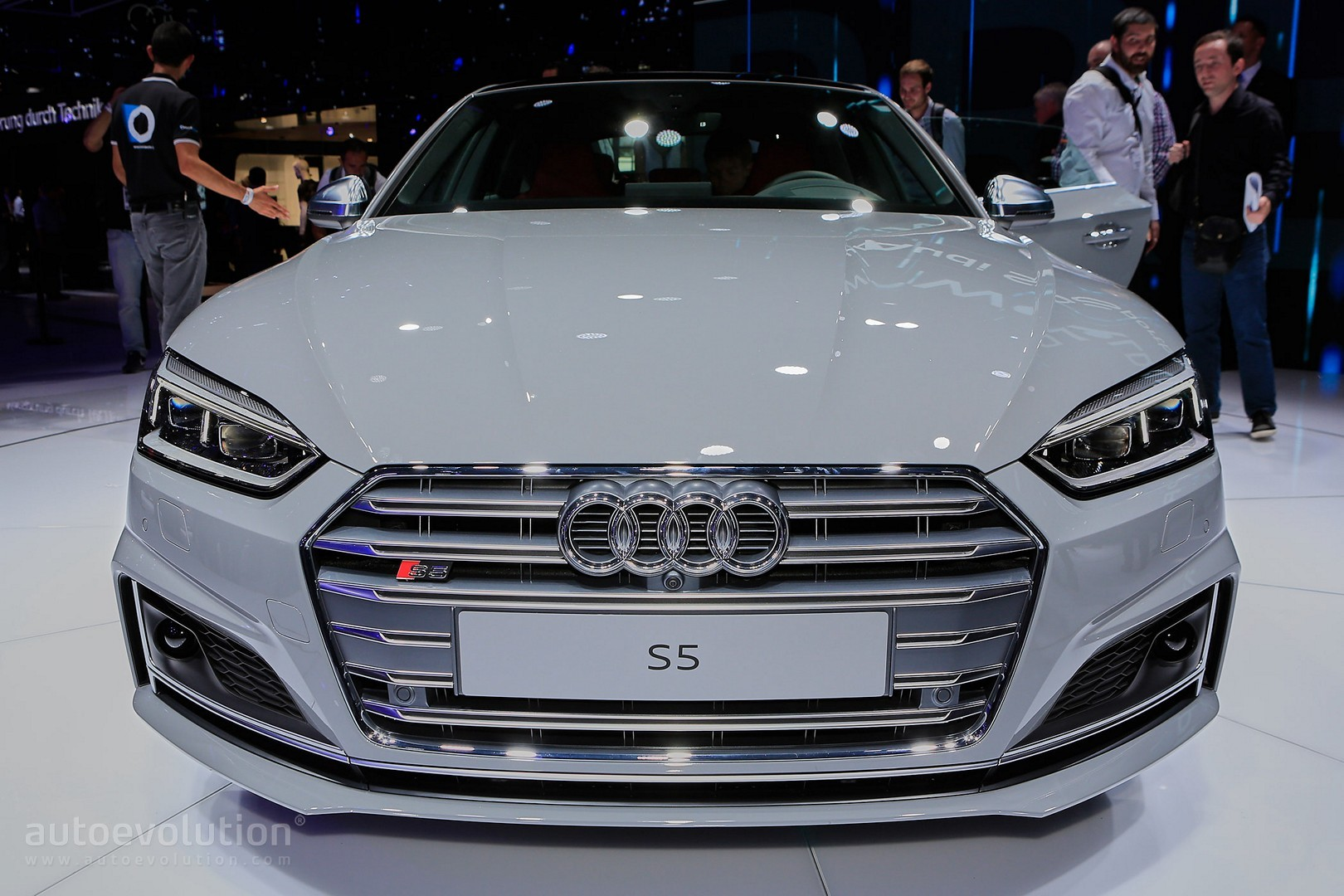 2017 Audi S5 Sportback Looks Like a Shark Thanks to Nardo Gray Paint - autoevolution