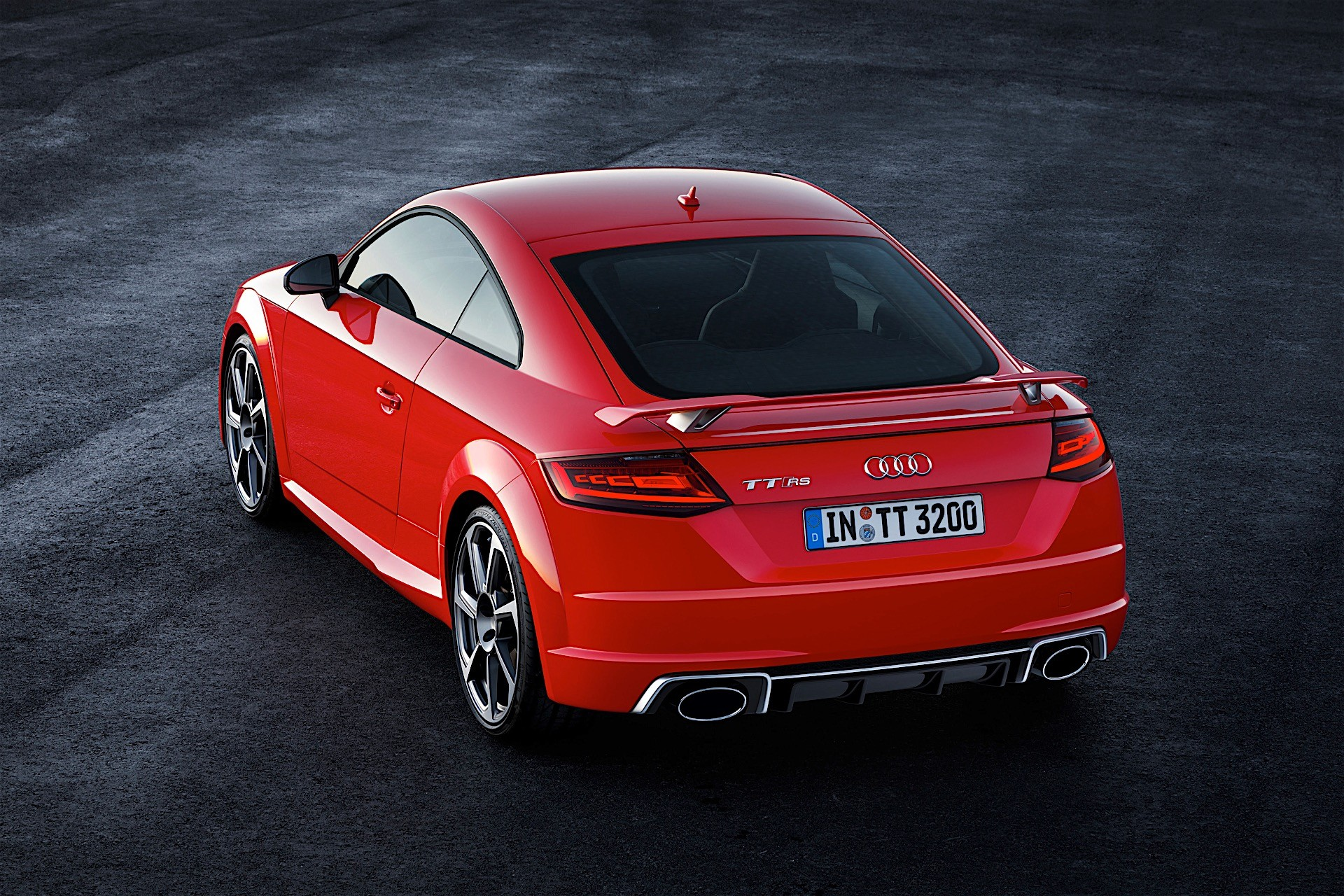 2017 audi tt rs roadster and coupe bow in beijing with 400 hp and awd