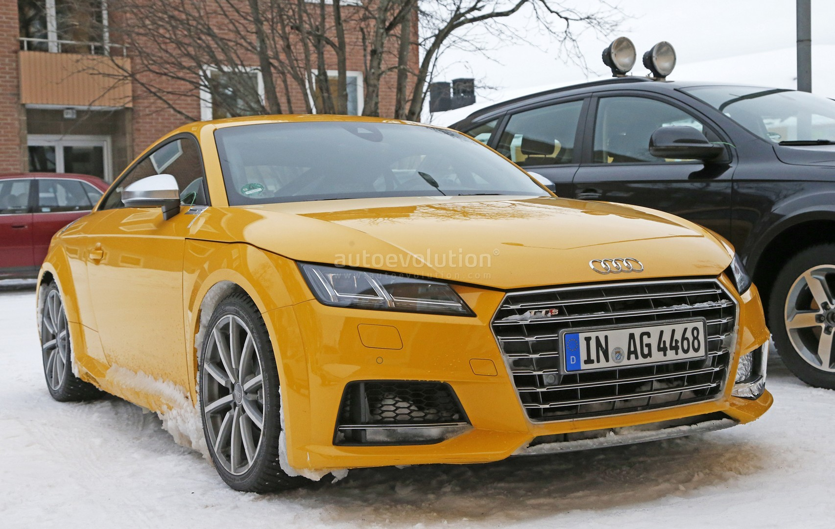 Audi TT RS Spy Photos Reveal Manual Gearbox For The First Time - Audi tt manual transmission