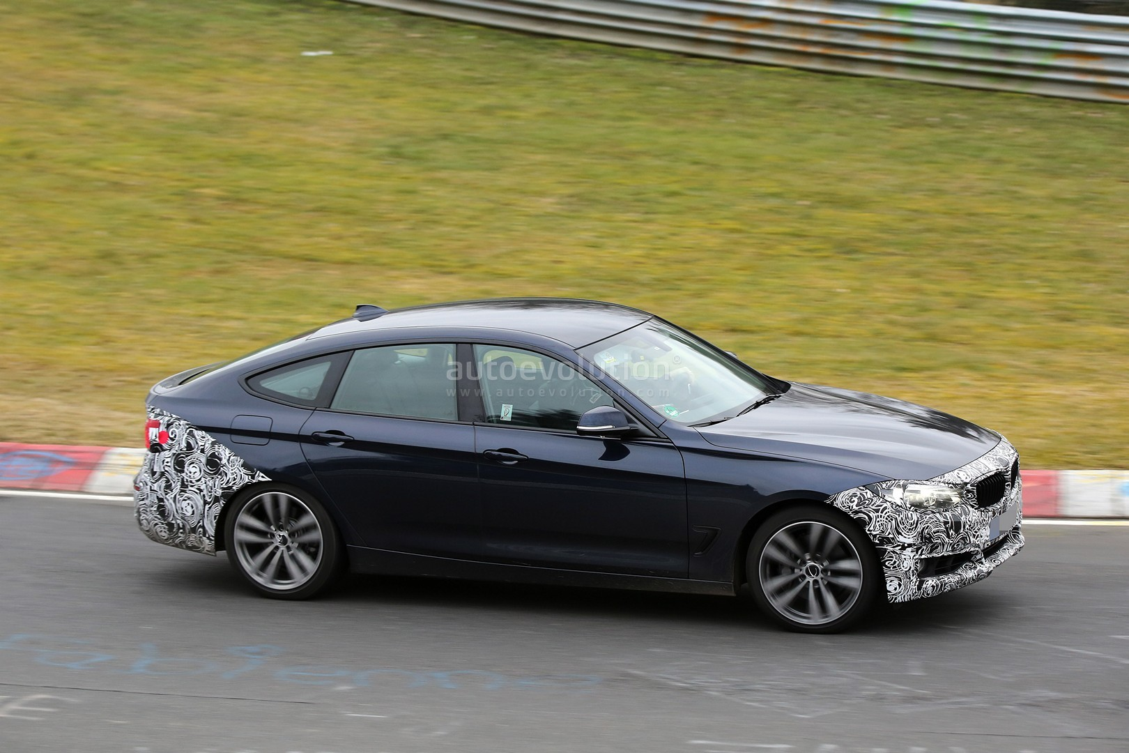 2017 bmw 3 series gt facelift spied testing in germany. Black Bedroom Furniture Sets. Home Design Ideas