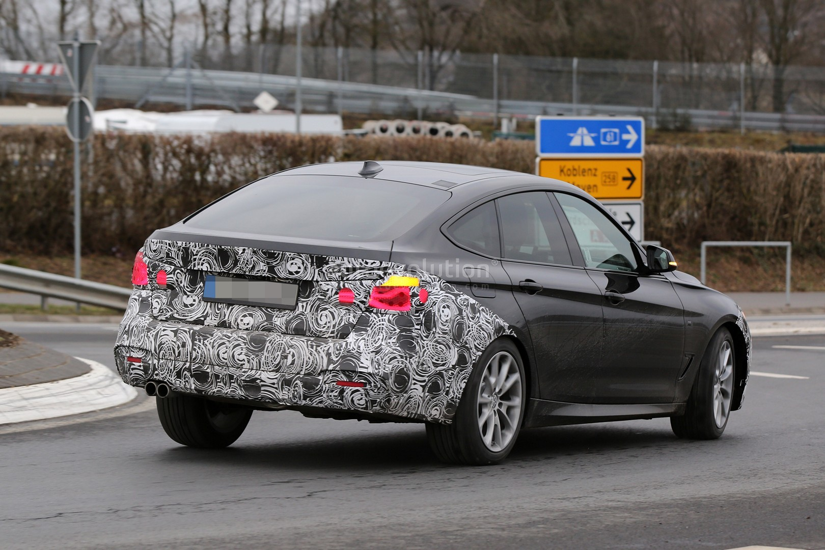 2017 bmw 3 series gt facelift spied testing in germany autoevolution. Black Bedroom Furniture Sets. Home Design Ideas