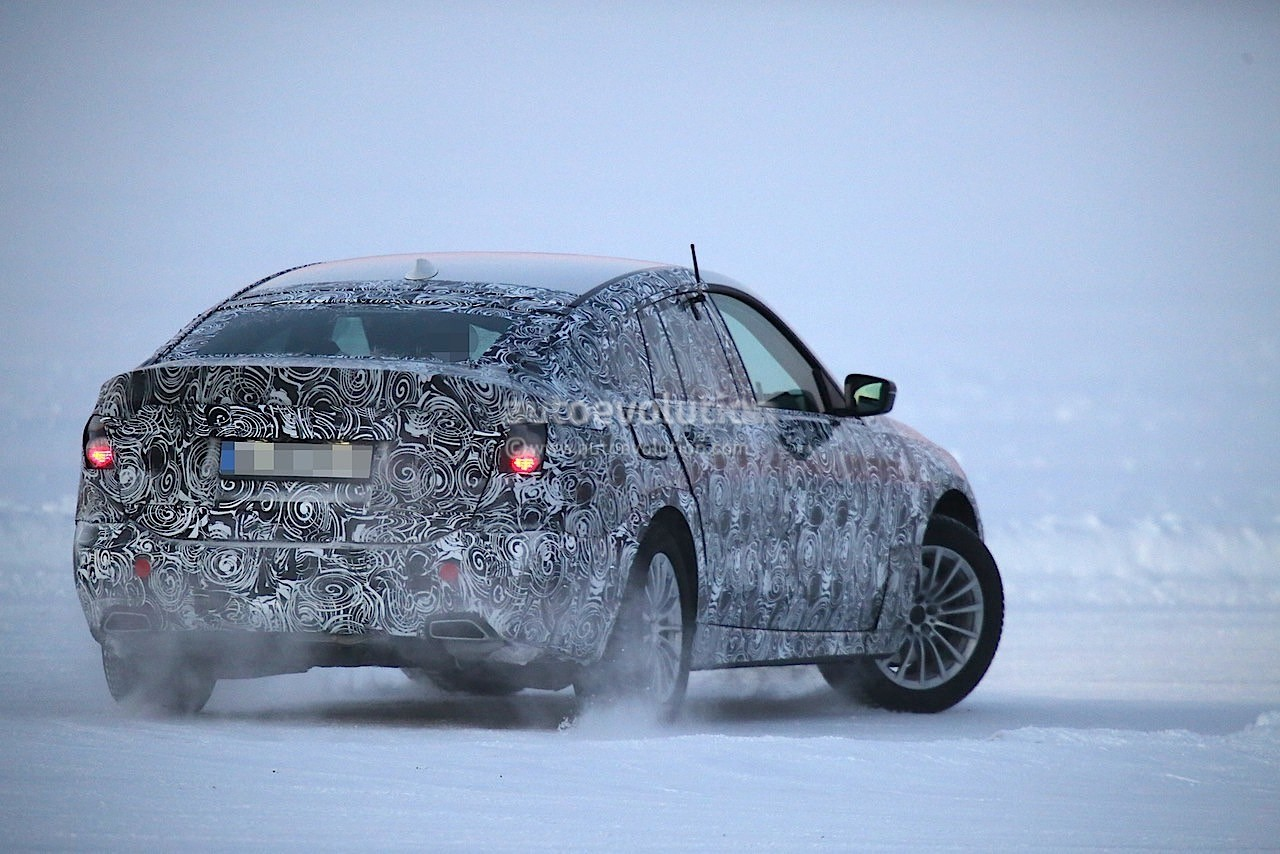 2017-bmw-5​-series-gt​-spied-tes​ting-along​side-bmw-g​30-5-serie​s_14