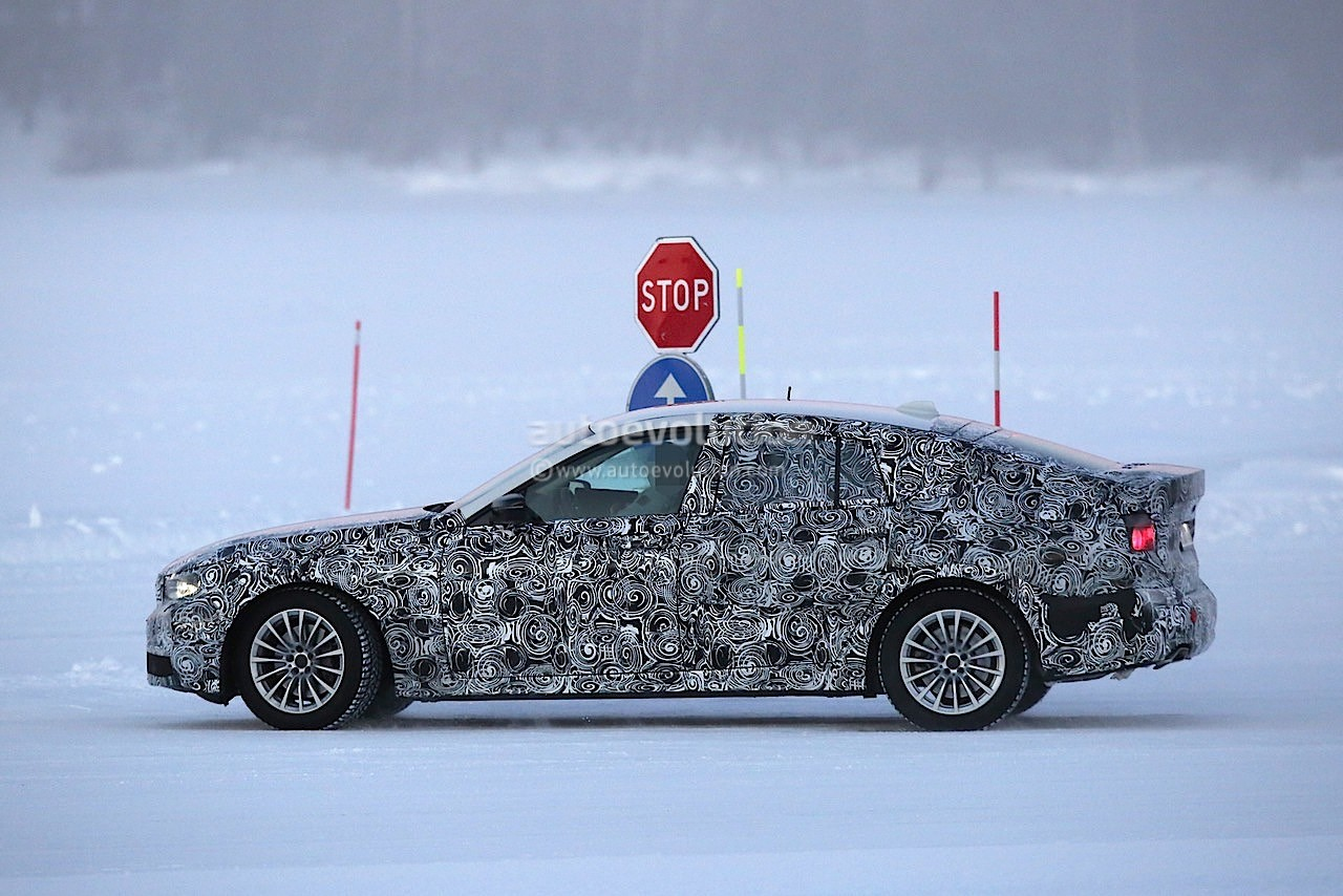 2017-bmw-5​-series-gt​-spied-tes​ting-along​side-bmw-g​30-5-serie​s_6