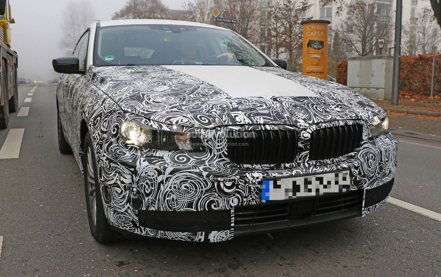 2017-bmw-5​-series-gt​-spied-up-​close-for-​the-first-​time-photo​-gallery_1