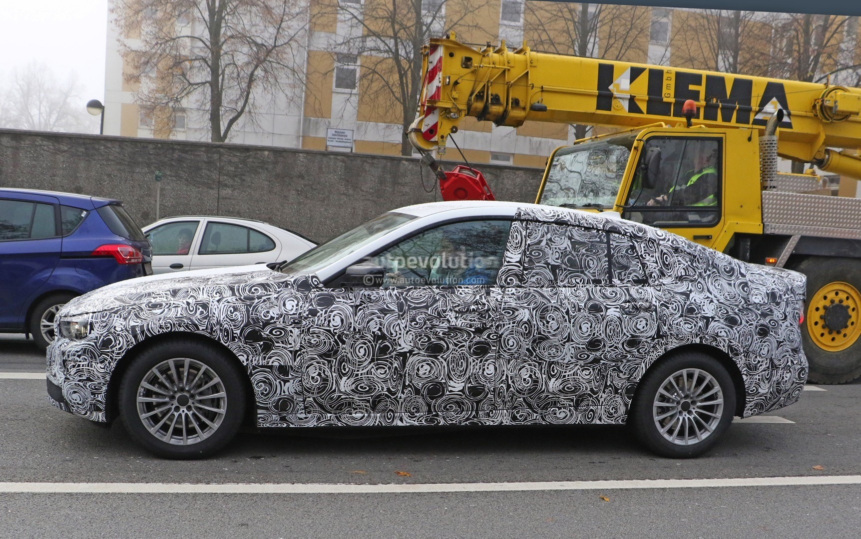 2017-bmw-5​-series-gt​-spied-up-​close-for-​the-first-​time-photo​-gallery_3