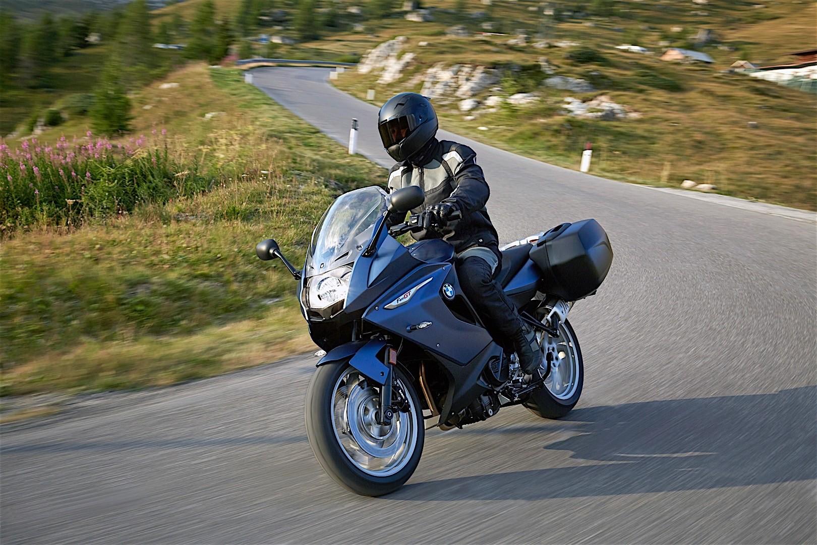 назначение эксплуатация фото на мотоцикле бмв в селе симпатичная конструкция наборного