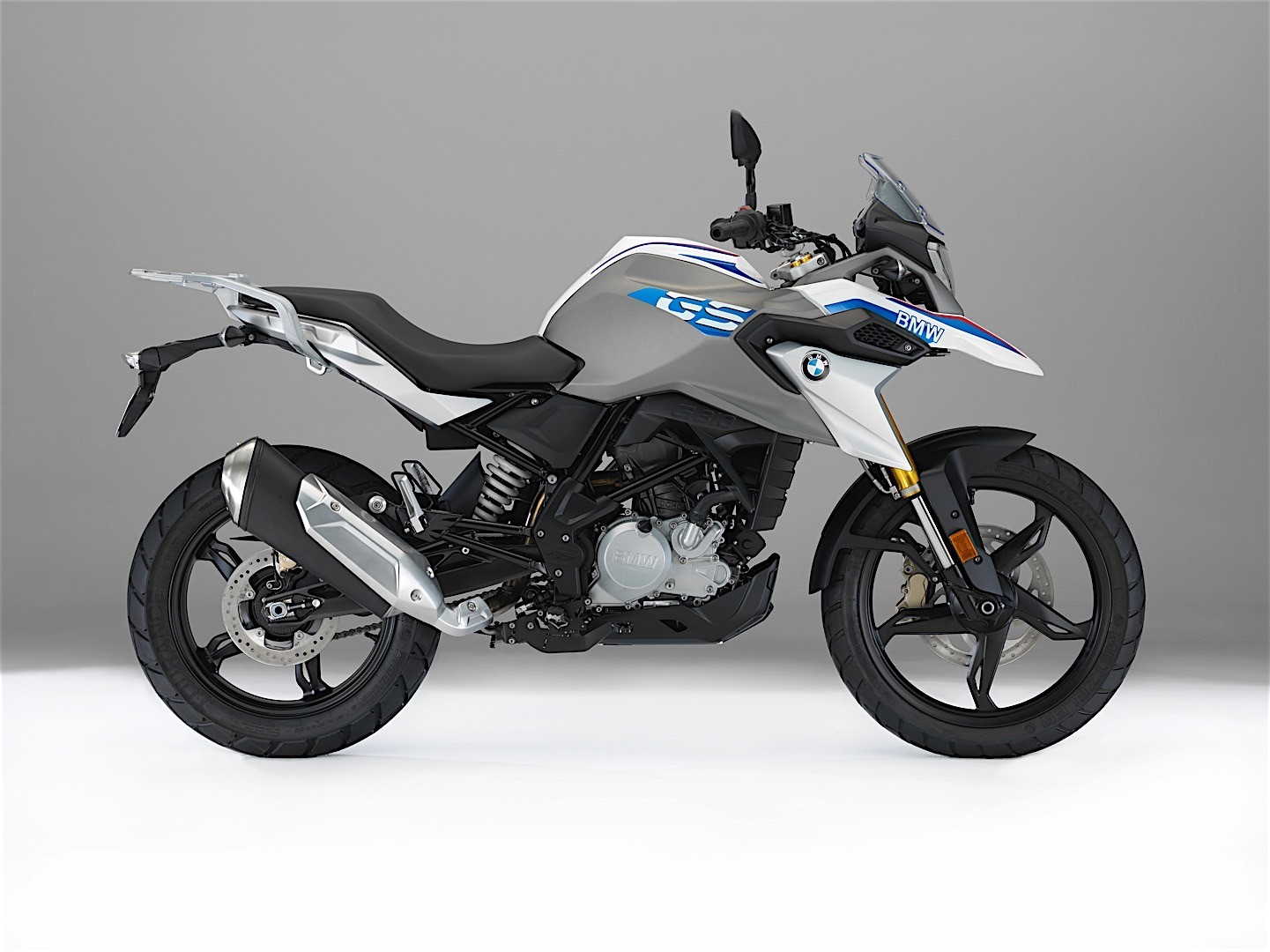 2017 bmw g 310 gs debuts at eicma autoevolution. Black Bedroom Furniture Sets. Home Design Ideas