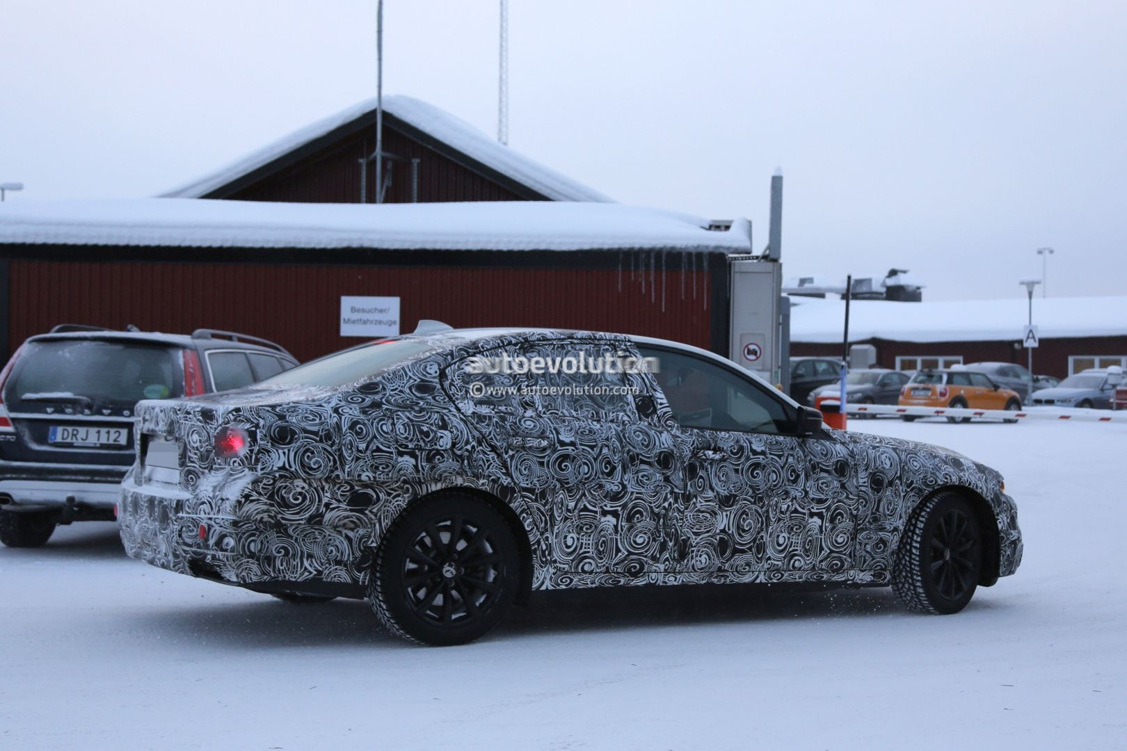 2016 - [BMW] Série 5 Berline & Touring [G30/G31] - Page 6 2017-bmw-g30-5-series-plug-in-hybrid-spied-testing-near-the-arctic-circle-photo-gallery_5