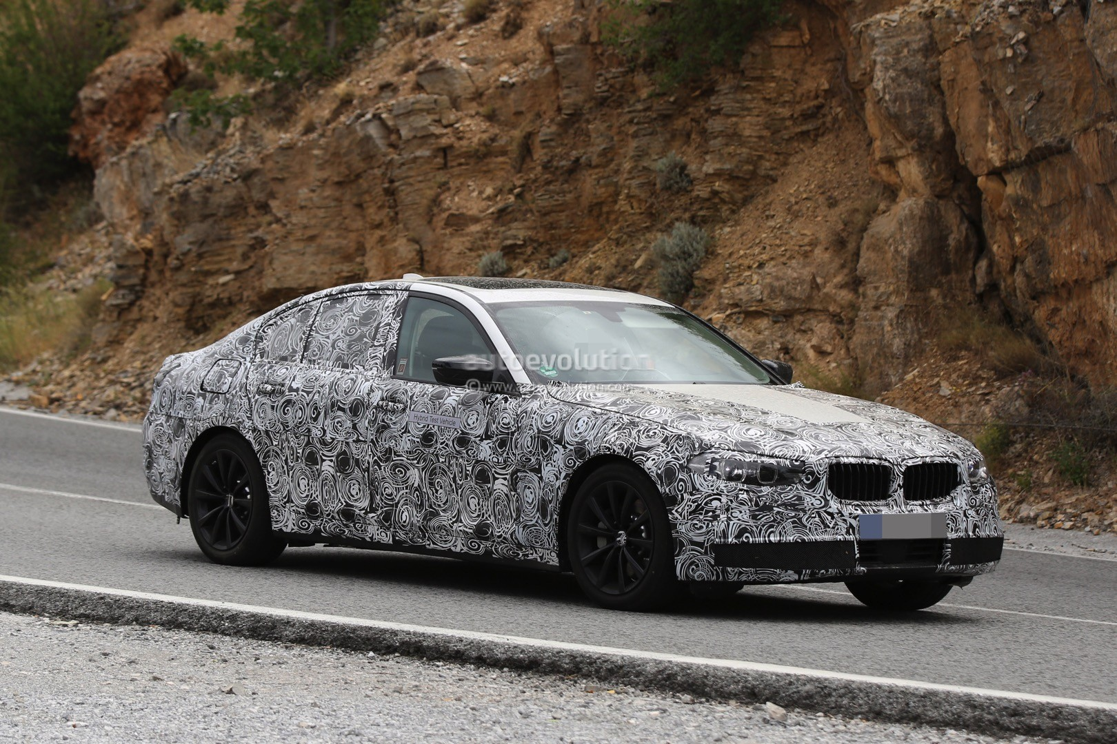 2017 BMW G30 5 Series Spied Closer, Prototype Interior Hints at 7