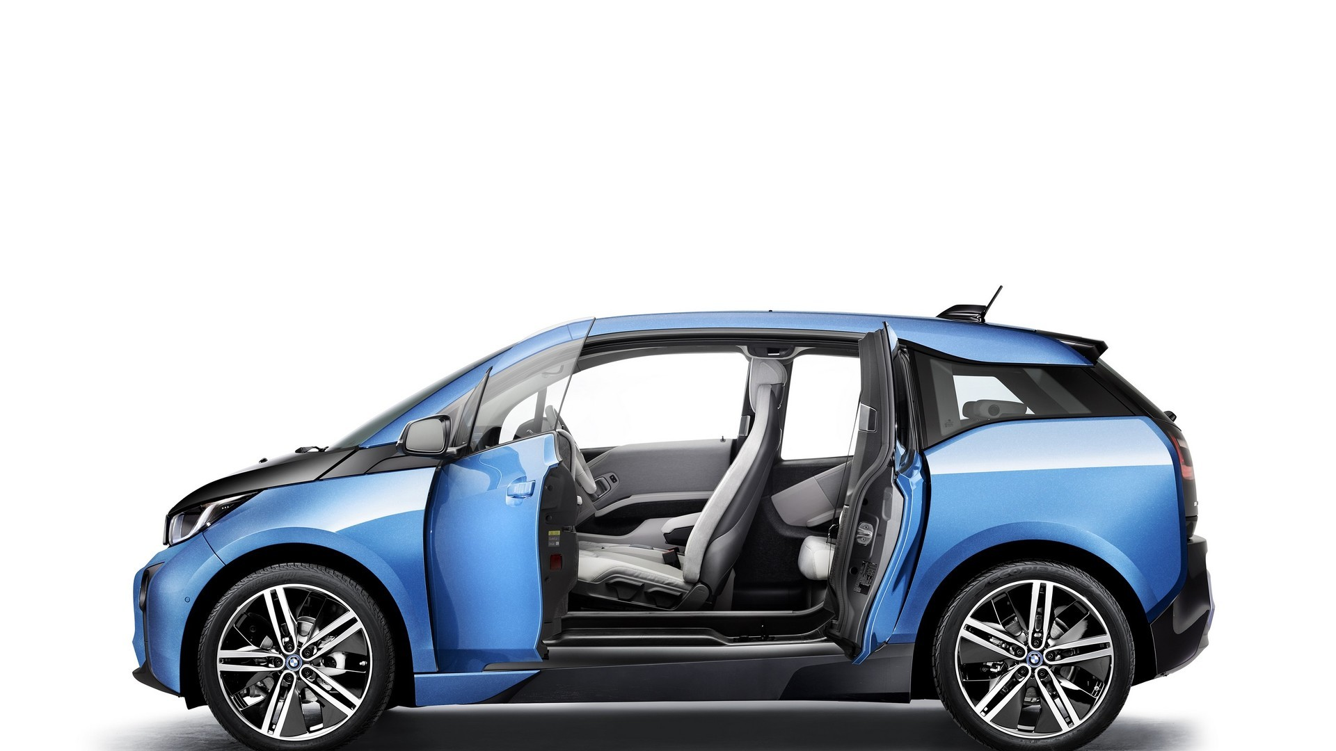 2017 bmw i3 gets range increase thanks to 33 kwh battery. Black Bedroom Furniture Sets. Home Design Ideas