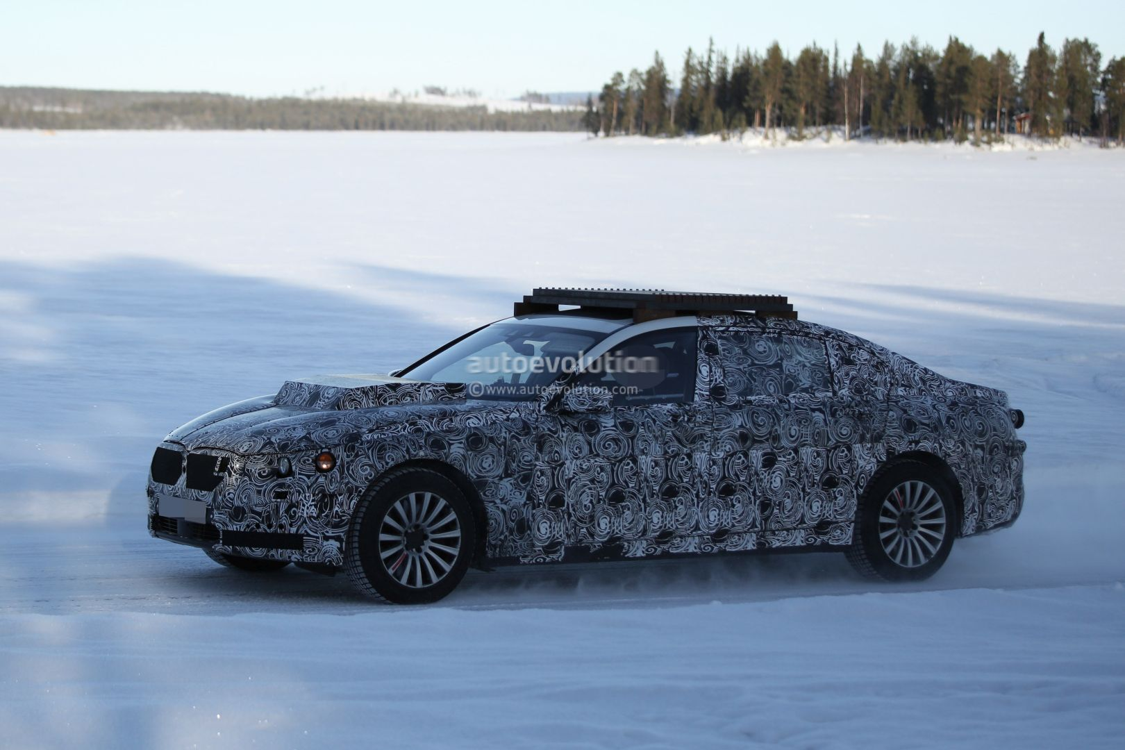 2017 - [BMW] X7 [G07] - Page 4 2017-bmw-x7-mule-spotted-testing-for-the-first-time-photo-gallery_8