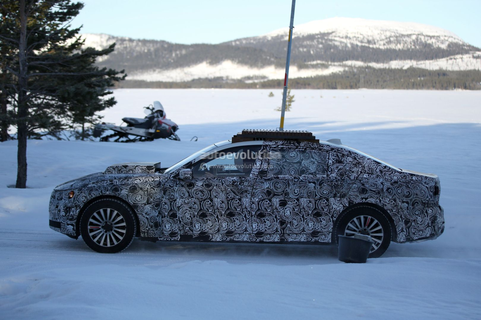 2017 - [BMW] X7 [G07] - Page 4 2017-bmw-x7-mule-spotted-testing-for-the-first-time-photo-gallery_9