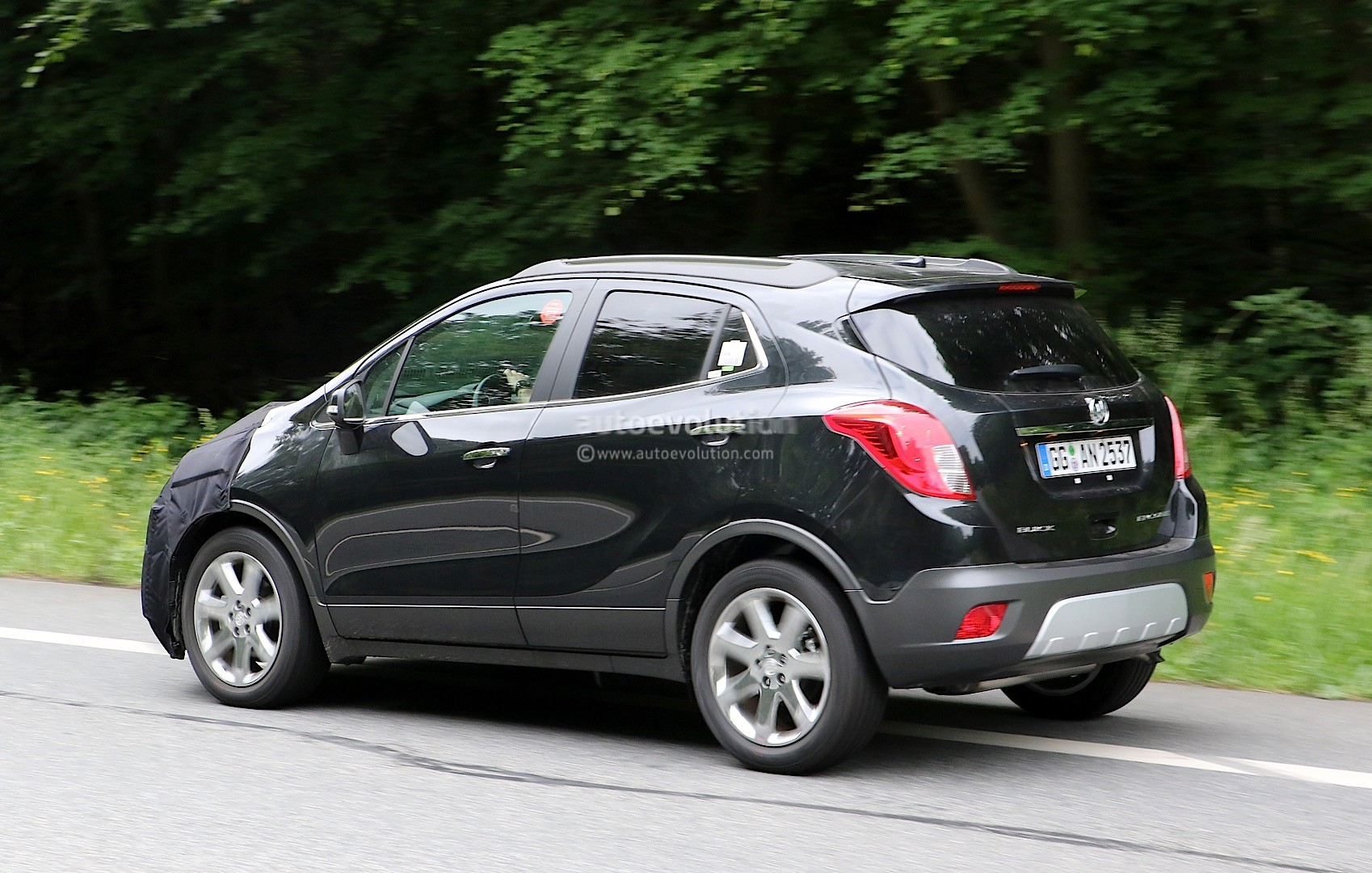 2017 buick encore spied in germany autoevolution. Black Bedroom Furniture Sets. Home Design Ideas