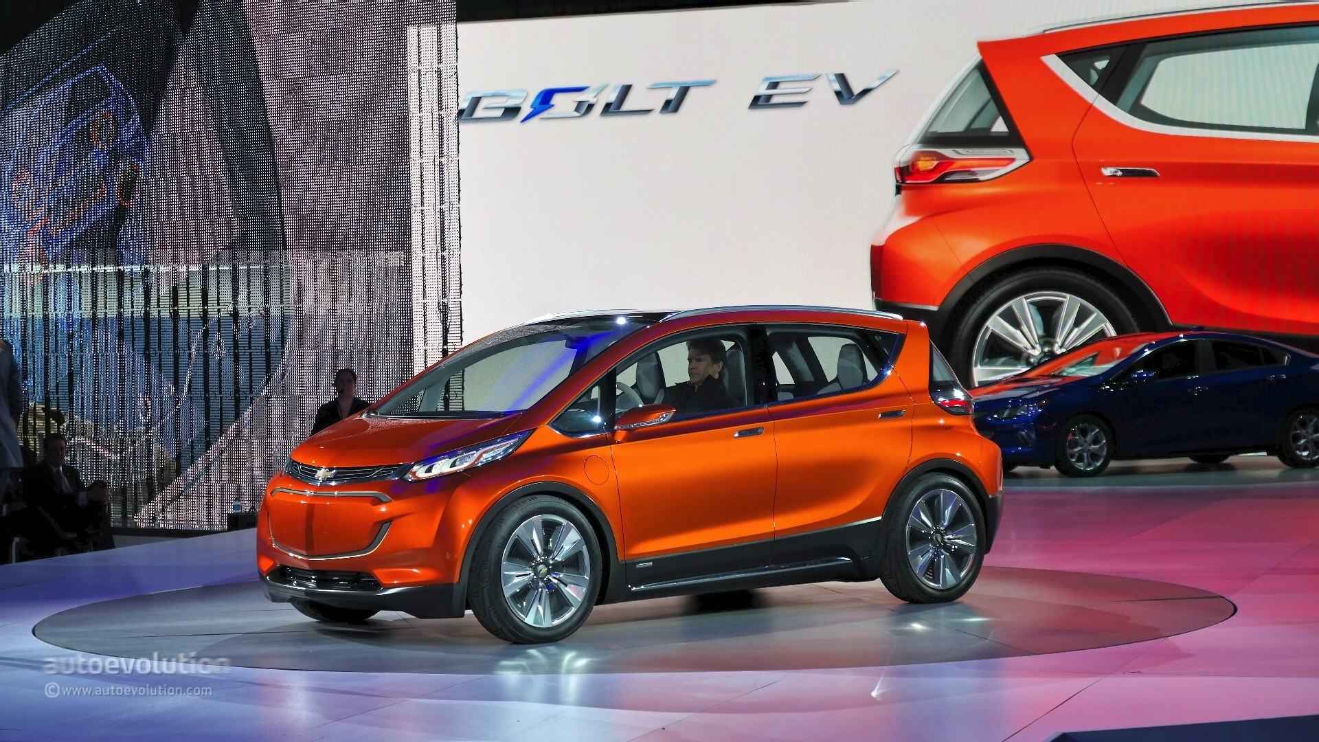 2017 Chevrolet Bolt Confirmed to Retain the Concept ...