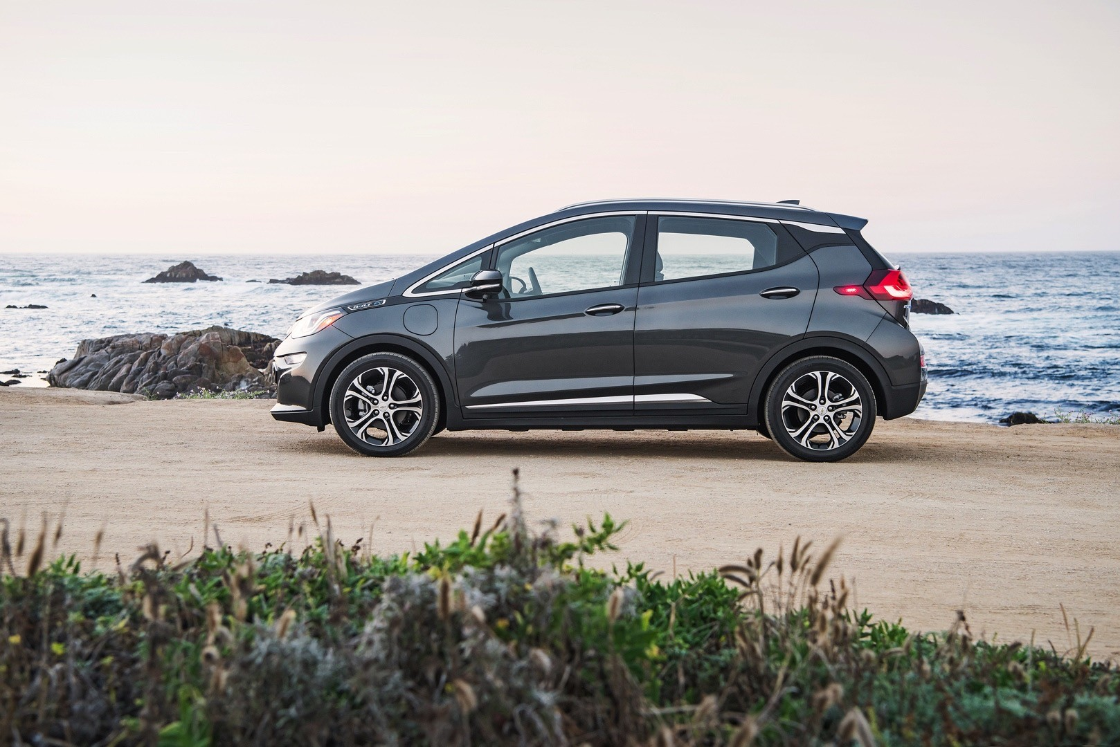 2017 Chevrolet Bolt Order Guide Confirms Lack of Adaptive ...