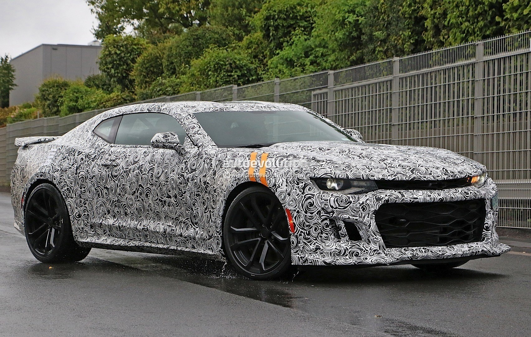 2017 Chevrolet Camaro Zl1 Spied Expect An 11s Quarter