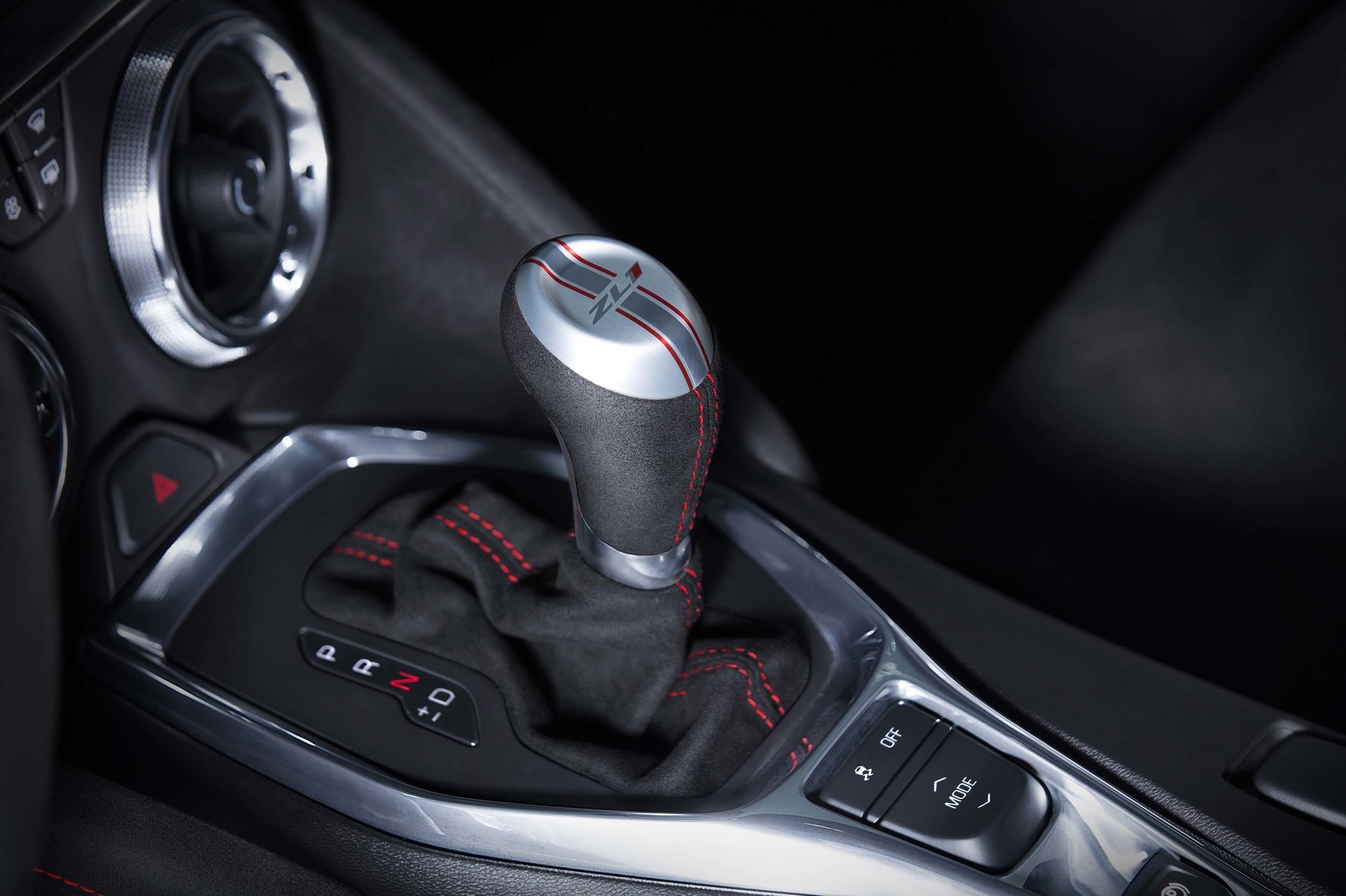2017 Chevrolet Camaro Zl1 Has 640 Hp Corvette Z06
