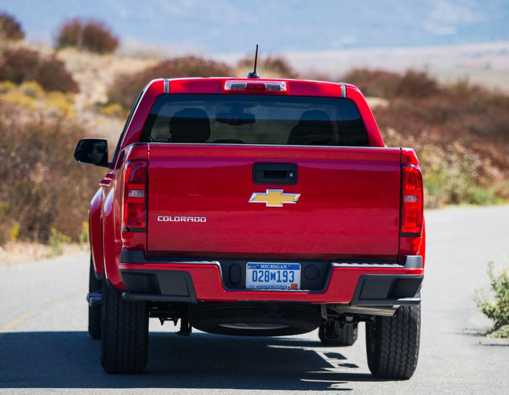 2017 Chevrolet Colorado Gets New V6 Engine, 8-Speed ...