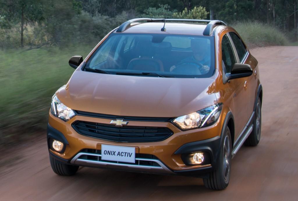2017 Chevrolet Onix Activ Revealed In Brazil Autoevolution