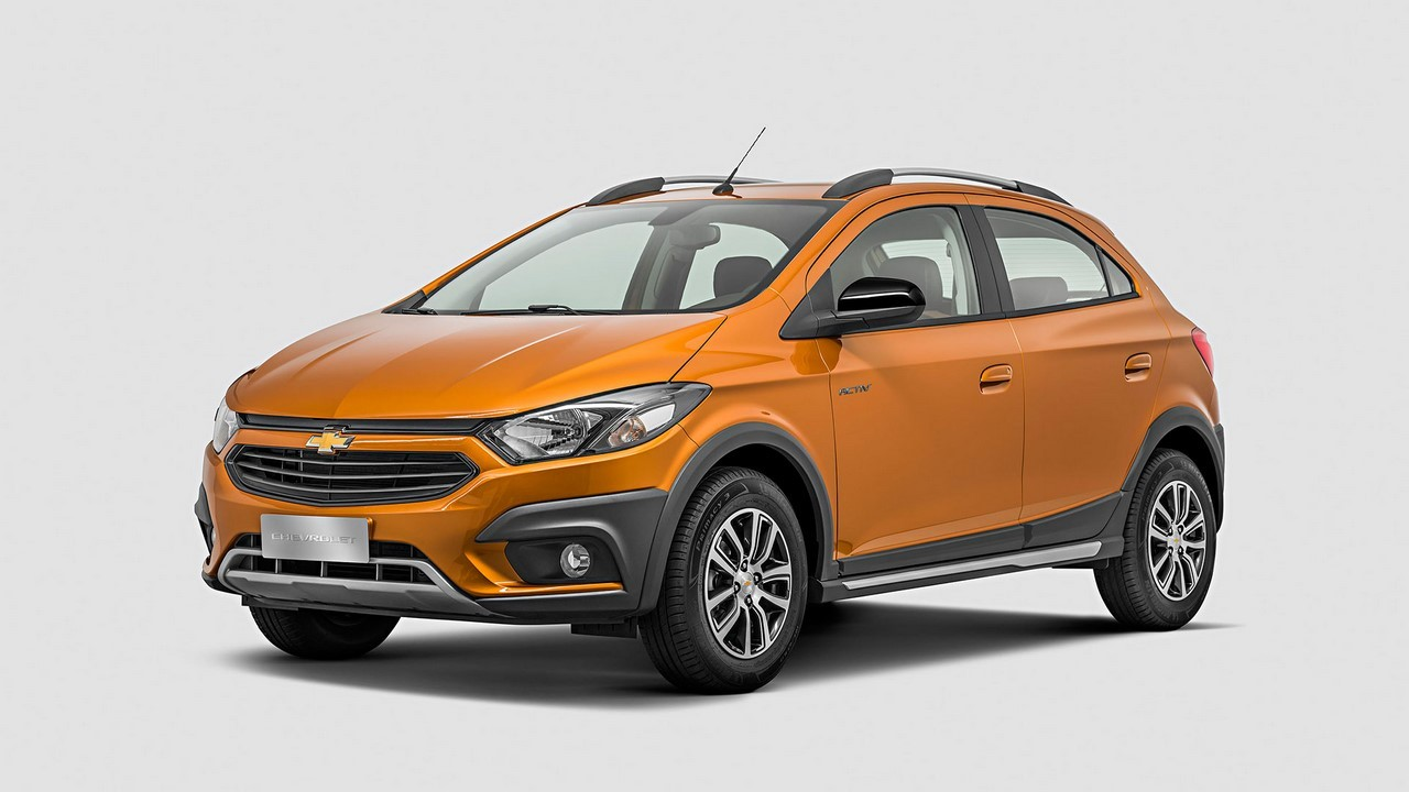 2017 Chevrolet Onix Activ Revealed in Brazil - autoevolution